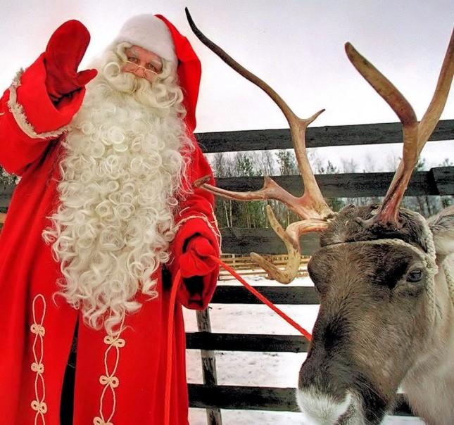 00e-christmas-julenisse-lapland-santa-claus-25-12-12